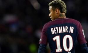 У France Football вказали причину відсутності Неймара у номінації на Золотий м'яч