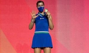 Відео дня. Медалі чемпіонату Європи доставляють на спеціальному дроні