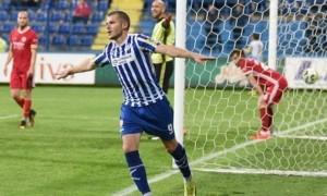 Зоря переглядає чорногорського нападника