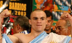 Екс-чемпіон WBO госпіталізований з ножовими пораненнями