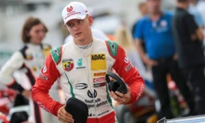 Син Шумахера показав найкращий час на тестовому дні Формули 2