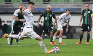 Циганков забиває перший гол Динамо в Лізі чемпіонів