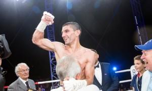 Далакян може провести бій з чемпіоном WBO