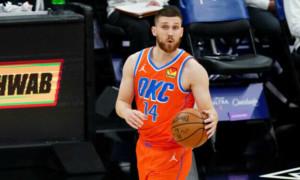 Два клуби НБА готові підписати Михайлюка