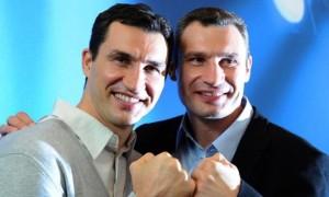 Брати Клички відвідали матч Динамо — Шахтар