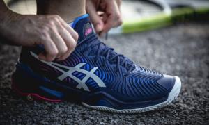 Лучшие кроссовки для большого тенниса: Asics — выбор №1