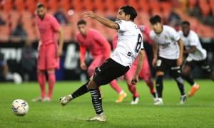 Валенсія розгромила Реал у матчі з трьома пенальті