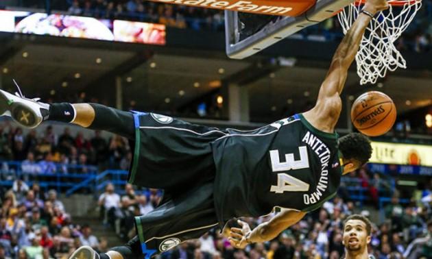 Адетокунбо і Харден - найкращі гравці місяця в НБА