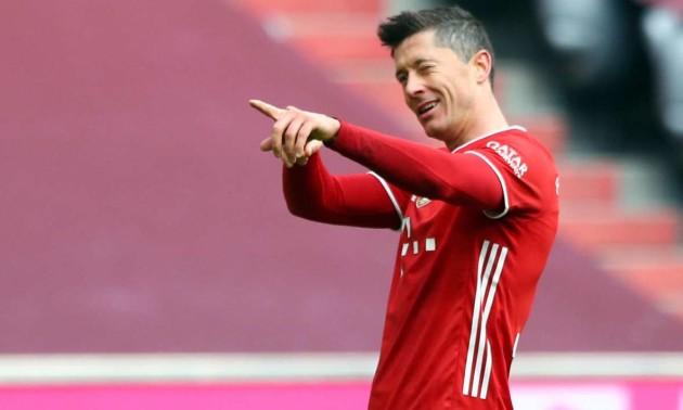 Левандовський побив рекорд легендарного Мюллера по голам у Бундеслізі