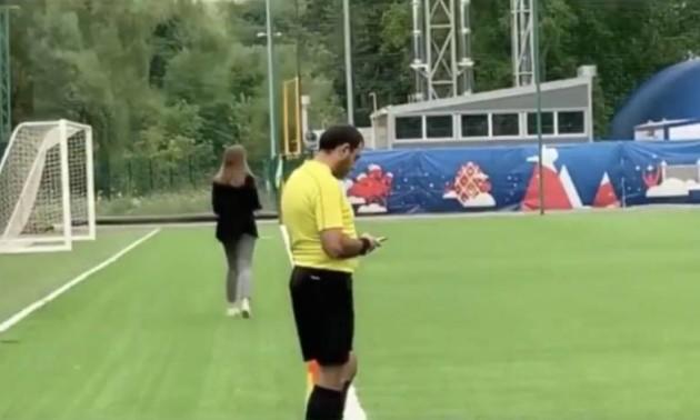 У Росії арбітр вдарив футболіста по обличчю під час матчу