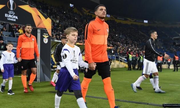 УЄФА покарало Бенфіку за пізній старт матчу з Шахтарем