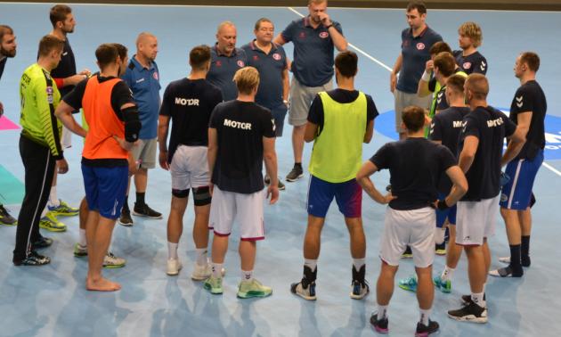 Мотор провів останнє тренування перед матчем Ліги чемпіонів проти Веспрема