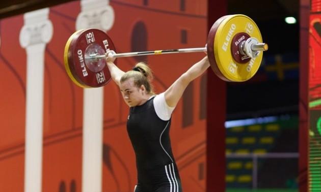 Деха виборола золото чемпіонату Європи з важкої атлетики у Москві