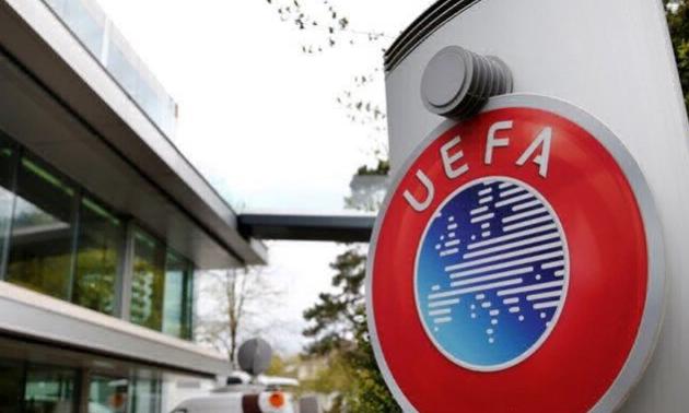 Стали відомі розміри зарплат ТОП-чиновників УЄФА