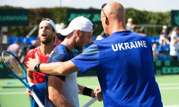 Україна - Португалія: Марченко з травмою плеча програв першій ракетці португальців