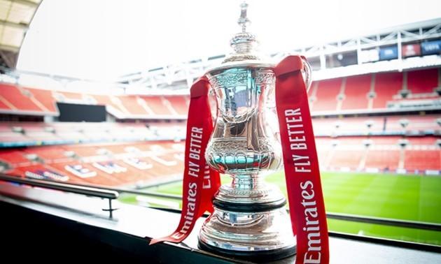 Тоттенгем обіграв Мідлсбро, перемоги Ньюкасла та Редінга. Результати 1/32 фіналу Кубка Англії