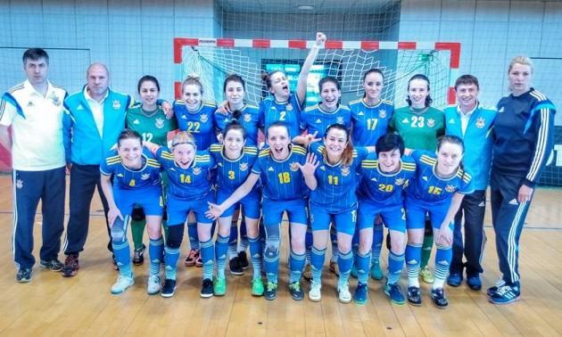 Збірна України розгромила суперниць з Польщі