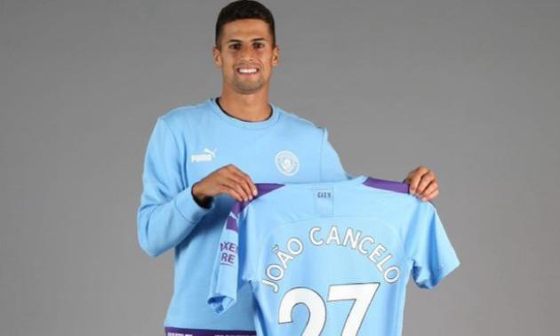 Манчестер Сіті підписав Канселу та продав Данілу