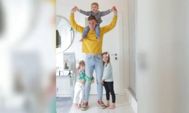 Наймиліше відео дня. Родина Сергія Сидорчука привітала футболіста з днем батька