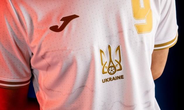 УЄФА заборонила гасло Героям Слава на формі збірної України, стала відома дата бою Джошуа - Усик та інші новини