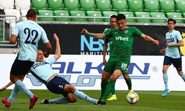 У Болгарії футбол відновиться із уболівальниками