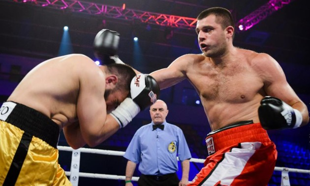Український боксер програв росіянину