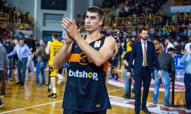 Захисник збірної України може перейти до грецького АЕКа
