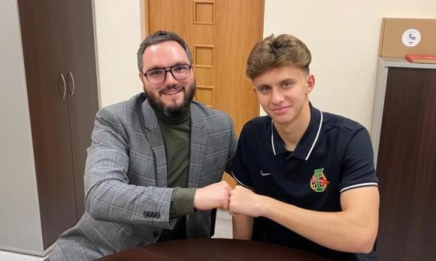 Український півзахисник підписав контракт з московським Торпедо
