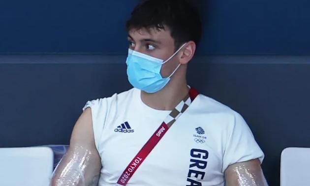 Олімпійського чемпіона помітили на трибах з цікавим хобі