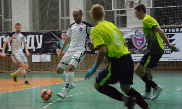 Футболіст Кобри отримав кульове поранення після матчу в Сумах. ФОТО