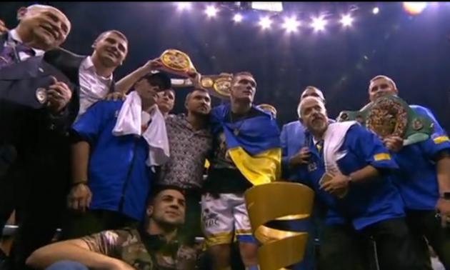 Усик переміг Гассієва та завоював титул абсолютного чемпіона світу. ФОТО