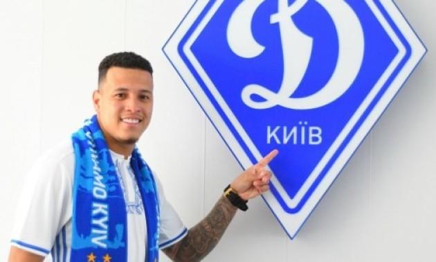 Динамо внесе у заявку на сезон Русина і Сідклея