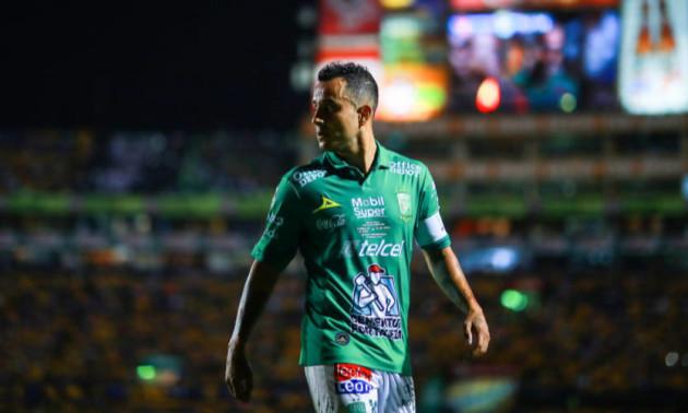 Хавбек збірної Мексики допустив кошмарний промах по порожніх воротах