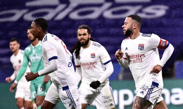 Ліон розгромив Анже у 32 турі Ліги 1