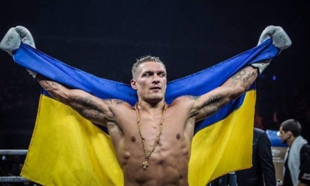 Тренер Спонга назвав Усика найкращим боксером світу