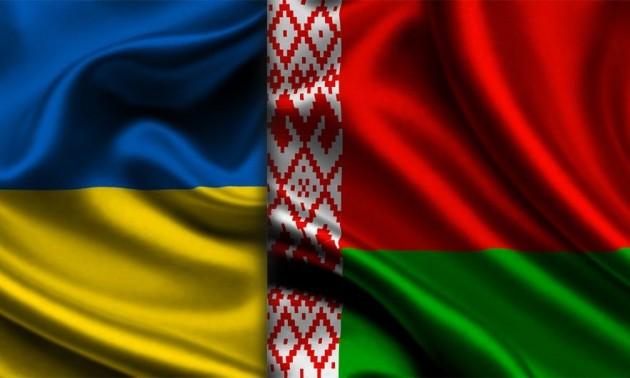 Хто не скаче, той москаль - в Білорусі кричалку визнали екстремістською. ВІДЕО