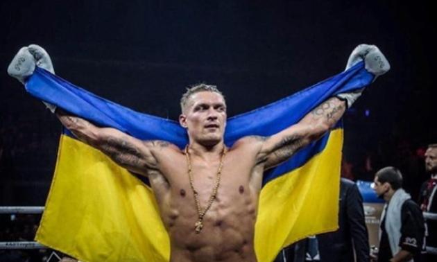 Усик хоче провести бій із російським боксером