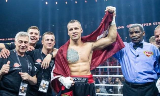 Брієдіс став новим чемпіоном світу у важкій вазі