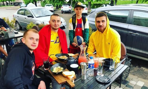 Захисник Детройта приїхав в Україну