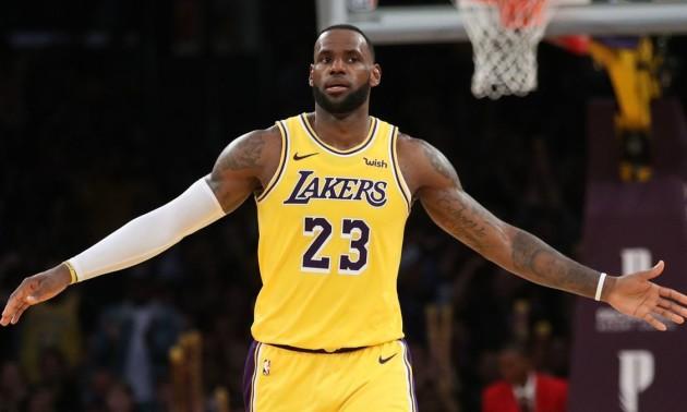 Магія від Леброна Джеймса - момент дня в НБА