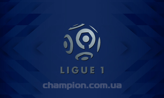 ПСЖ знищив Ніццу, яка матч 10 туру Ліги 1 догравала у дев'ятьох