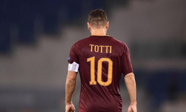 Легендарний Тотті забив феєричний гол за аматорську команду