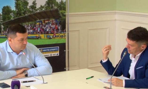 У Києві масово запускають міні-футбол в школах