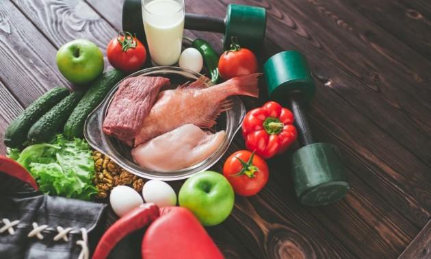 Споживання білків і заняття спортом: що потрібно знати
