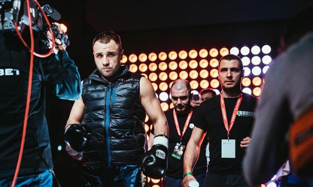 Бурсак та Чеботар здобули перемоги на вечері боксу від K2 Promotions