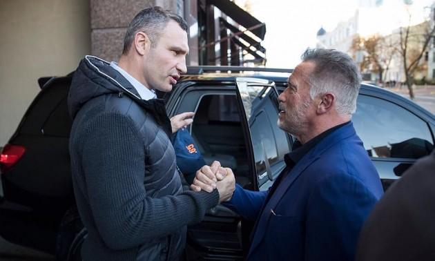 Кличко привіз Шварценеггера до Києва. ВІДЕО