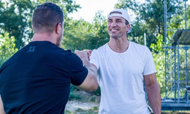 5 вправ від чемпіона: вуличний воркаут Володимира Кличка