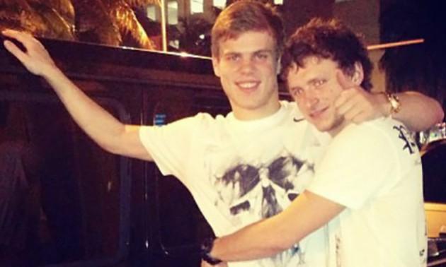 Російські футболісти побили чиновників у кафе. ВІДЕО