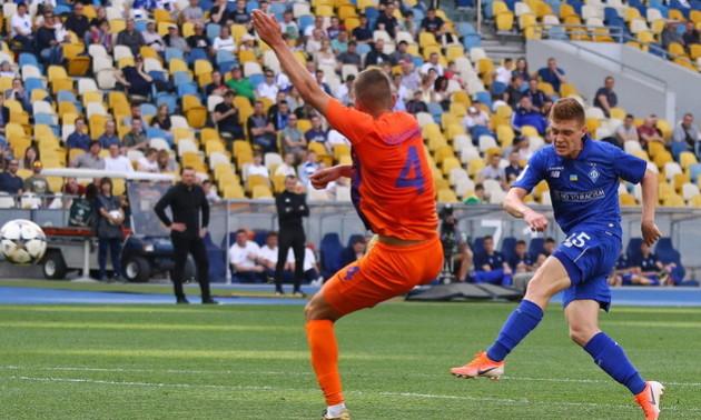Динамо розгромило Маріуполь у 15 турі УПЛ