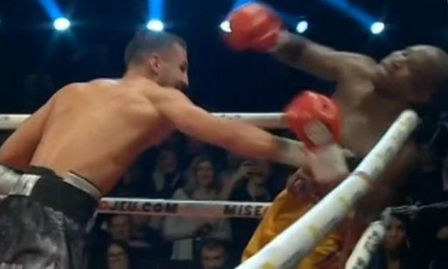 Гвоздик відправив Стівенсона у важкий нокаут і став повноцінним чемпіоном WBC